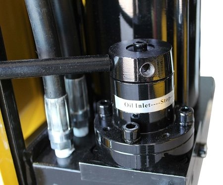 44358877 Prasa hydrauliczna, pneumatyka, ruchomy tłok, regulowany stół (siła nacisku: 75 T)