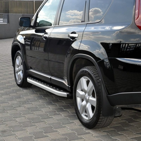 DOSTAWA GRATIS! 01655747 Stopnie boczne - Nissan X-Trail T31 2008-2014 (długość: 171 cm)