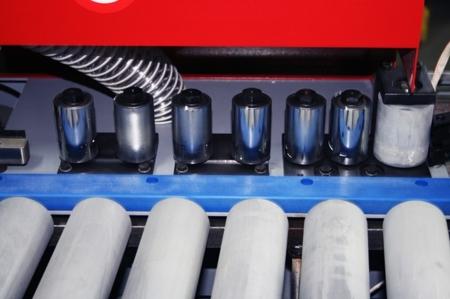 DOSTAWA GRATIS! 44349978 Okleiniarka Holzmann (zakres grubości obrabianego elementu: 10 - 45 mm, wymiary stołu: 2050 x 800 mm)