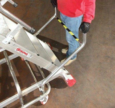 DOSTAWA GRATIS! 99675089 Drabina magazynowa FARAONE 4 stopniowa z elektrycznym podestem ładunkowym (wysokość robocza: 2,78m)